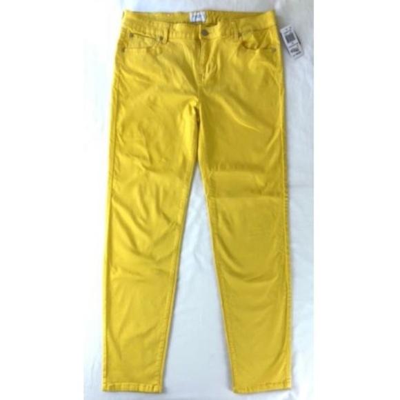 f4494b5089f02 Celebrity Pink Womens Jeans Jayden Skinny Yellow
